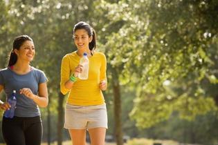 Moverse para mejorar la salud y el humor