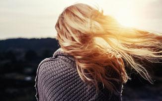 Pelos al viento: no culpes a la playa