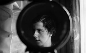 Mirada de mujer: Vivian Maier a través del espejo