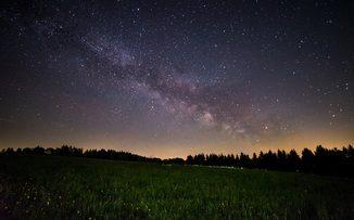 Un camino hecho de estrellas para esperar a los Reyes Magos