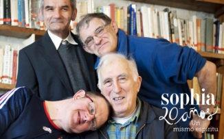 """Jean Vanier: """"La vida no es verdadera si no aprendemos de los diferentes"""""""