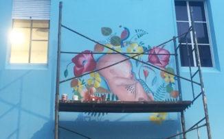 Censuraron tres murales por considerarlos ofensivos: solo eran imágenes maternales
