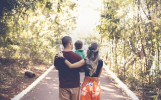 Materpaternidad: el desafío de dejar de ser dos