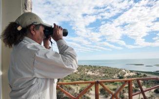 Cuidar la naturaleza: historia de una mujer guardafauna